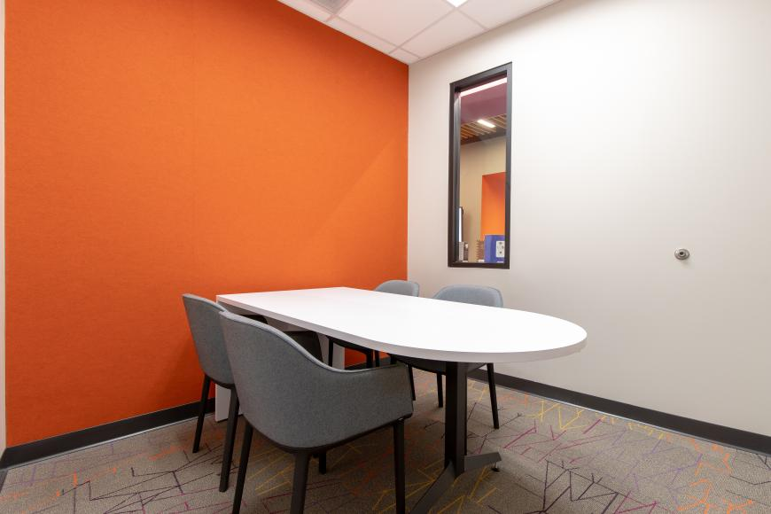Edgewood Small Meeting Space (Orange Room)